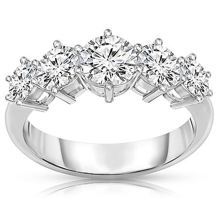 1 1/2 ct. t.w. 5-Stone Diamond Band