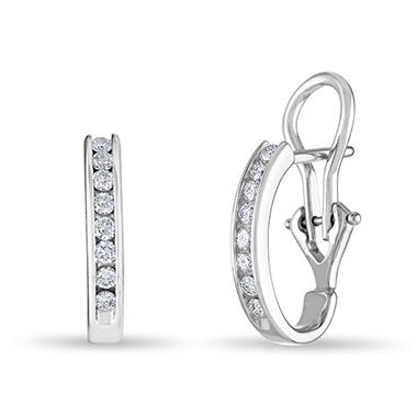 .23 CT. TW. Diamond Earrings in 14K White Gold (H-I, I1)