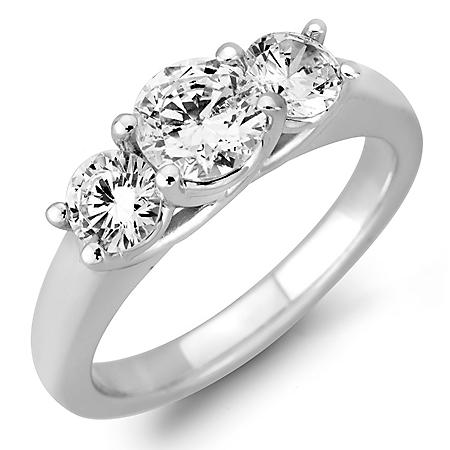 1.45 CT. T.W. Round Diamond 3-Stone Ring in 14K White or Yellow gold (H-I, VS2)