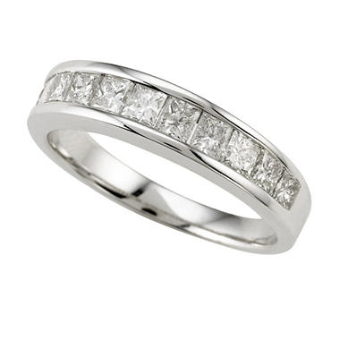 .99 ct. t.w. Princess Diamond Band (I, I1)