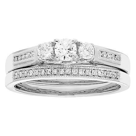 0.50 CT. T.W. Diamond Bridal Set in 14K Gold