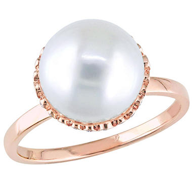 9-9.5 MM White Round Cultured Freshwater Pearl and 0.25 CT Diamond Halo Vintage Ring in 14k Rose Gold
