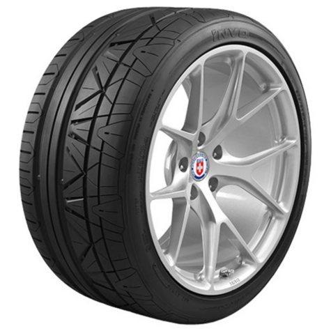 Nitto Invo - 245/35ZR19/XL 93Y Tire