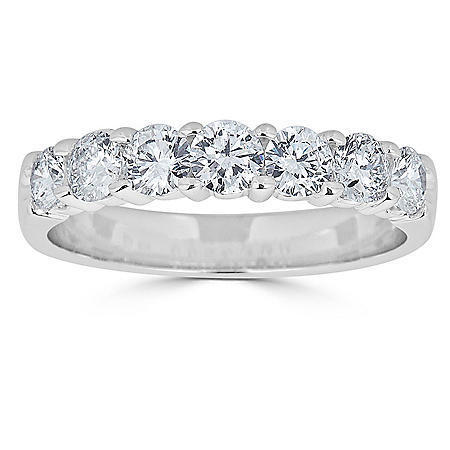 0.99 CT. T.W. 7-Stone Diamond Band Ring in 14K Gold (HI, I1)