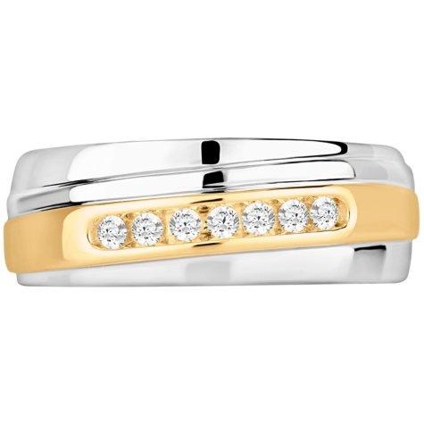 0.20 CT. TW. Men's Diamond Wedding Band in 14K White & Yellow Gold (I-I1)