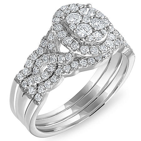 1.46 CT. T.W. Diamond Engagement Ring in 14k White Gold