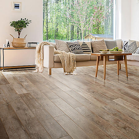 Select Surfaces Nutmeg Laminate Flooring