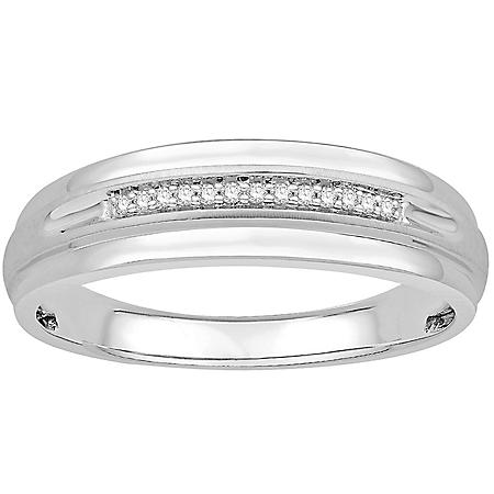 0.05 CT. T.W. Men's Diamond Wedding Band in 14k White Gold