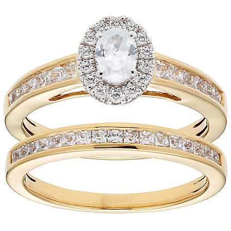 1.00 CT. T.W. Oval Diamond Engagement Ring and Band in 14K Gold (I, I1)