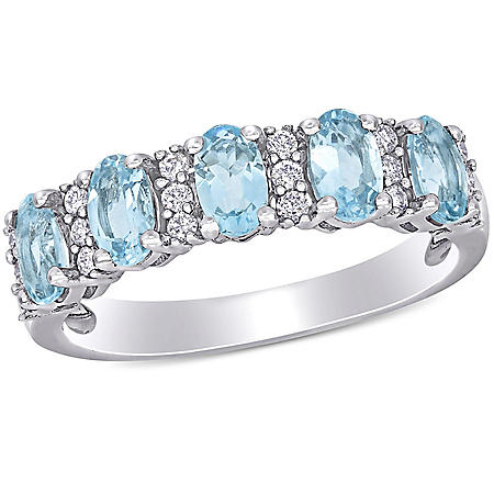 1.25 CT. T.G.W. Aquamarine and 0.16 CT T.W. Diamond 5-Stone Wedding Ring in 14k White Gold