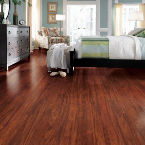 Traditional Living Mayfair Mahogany Premium Laminate Flooring - 36 Ct.