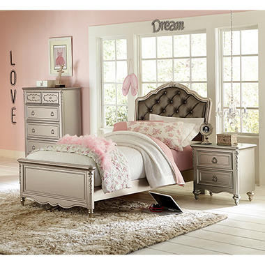 Shimmer Bedroom Set (Assorted Sizes)