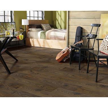 Mohawk Laminate Flooring cherrywood laminate flooring floating not specified marcina Inspired Elegance By Mohawk Chocolate Oak Laminate Flooring