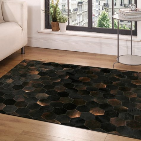 Handcrafted Cowhide 4' x 6' Area Rug, Brown