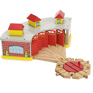 Wooden Train Roundhouse and Turntable Set