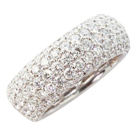5.0 CT. T.W. Round Diamond Band in 18K White Gold (VS2-SI1)