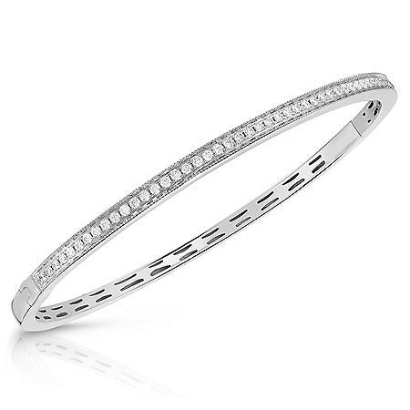 0.60 CT. T.W. Diamond Bangle Bracelet (H-I, SI1-I2) in 14K Gold