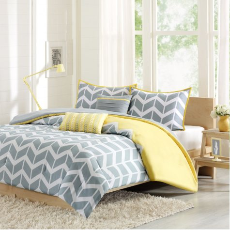 Nadia Comforter Set (Assorted Sizes and Colors)