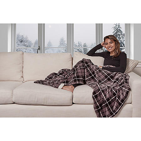 """Cuddl Duds Plush Velvet Foot Pocket Throw- 60"""" x 70"""" (Assorted Colors)"""