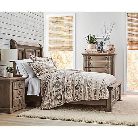 Stuart Sleigh Storage Bedroom Set (Assorted Sizes)