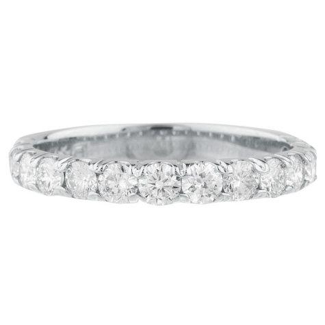0.25 CT. T.W. 14-Stone Diamond Band Ring in 14K Gold (HI, I1)
