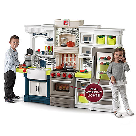 Step2 Elegant Edge Play Kitchen