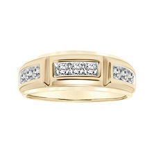 0.75 CT. T.W. Men's Diamond Ring in 14K Yellow Gold
