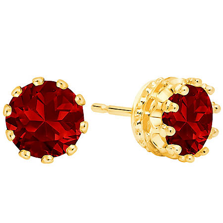 7MM Garnet Stud Earrings in 14K Gold