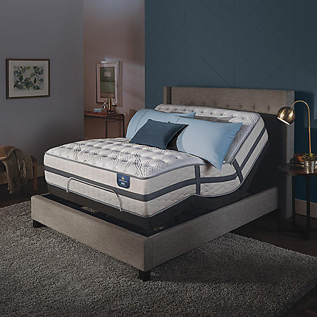 Serta Perfect Sleeper Luxury Hybrid Oakbridge II Firm California King Mattress and Motion Essentials Adjustable Foundation Set
