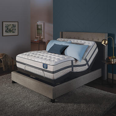 Serta Perfect Sleeper Luxury Hybrid Oakbridge II Firm Queen Mattress and Motion Essentials Adjustable Foundation Set
