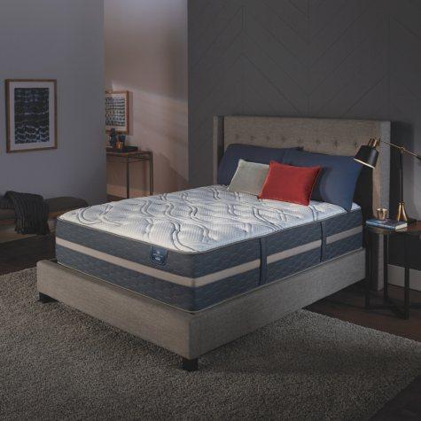 Serta Perfect Sleeper Luxury Hybrid Blakefield Plush King Mattress