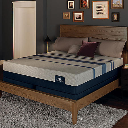 Serta iComfort Blue Max 3000 Elite Plush Gel Memory Foam King Mattress Set