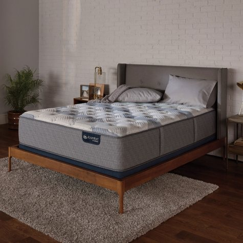Serta iComfort Blue Fusion 200 Plush Hybrid Split Queen Mattress Set