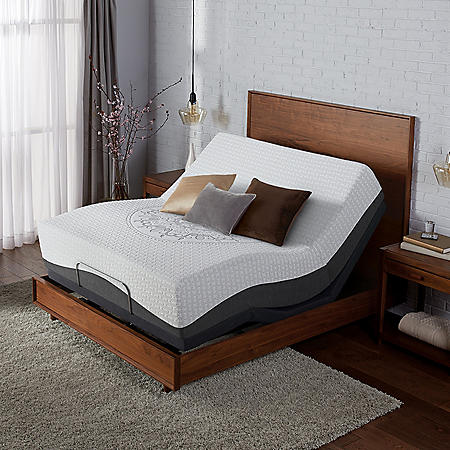 Serta Ultra Luxury Hybrid Shoreway Firm California King Mattress & Motion Essentials Adjustable Set