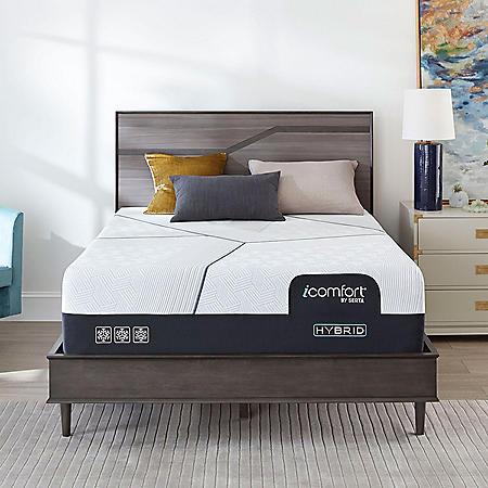 iComfort by Serta CF3000 Hybrid Plush Queen Mattress
