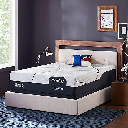 iComfort by Serta CF4000 Hybrid Firm Queen Mattress Set