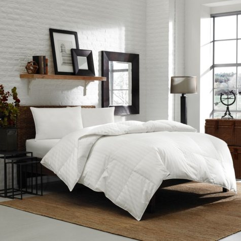 Eddie Bauer 600 Fill Power Multi-Season White Down Comforter (Assorted Sizes)