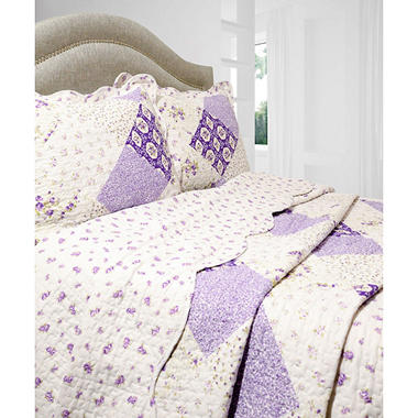 Vintage Classics Collection Wilmington Quilt Set
