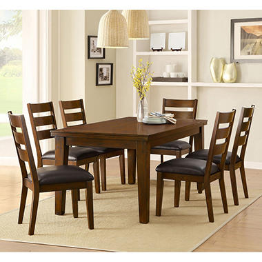 Thornbury 7 Piece Dining Set