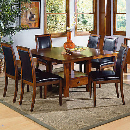 Taylor Cherry Finish Dining Set - 7 pc.