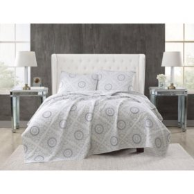 Christian Siriano 3-Piece Embroidered Quilt Set (Assorted Colors and Sizes)