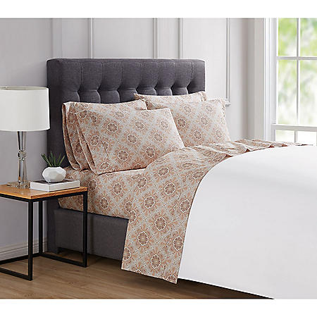 London Fog 4 & 6 Piece Luxury Sheet Sets (Assorted Sizes and Colors)