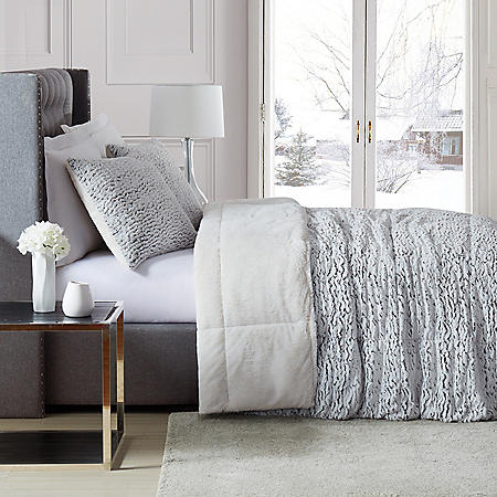 Christian Siriano Faux Fur 3pc Comforter Set (Assorted Sizes and Colors)