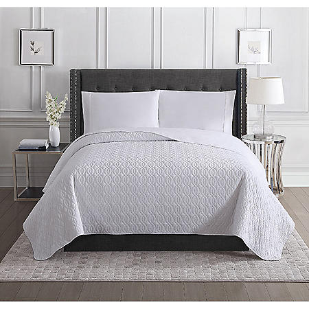Christian Siriano Luxury Quilt (Assorted Sizes and Colors)