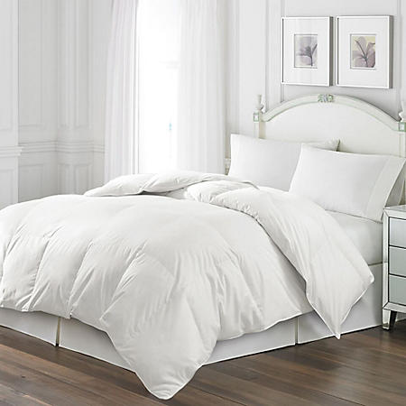 Blue Ridge White Goose Feather Comforter and Quilted Pillow Set, 2 pillows (Various Sizes)