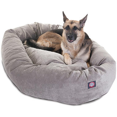 Majestic Pet Velvet Bagel Pet Bed 52