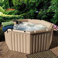 Everlast Spas™  Levity 11-Jet Spa with Cover, with Choice of Cabinet Color