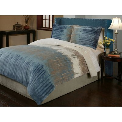 Sun Yin Velvet Plush Bentley Comforter Set, 3 Piece