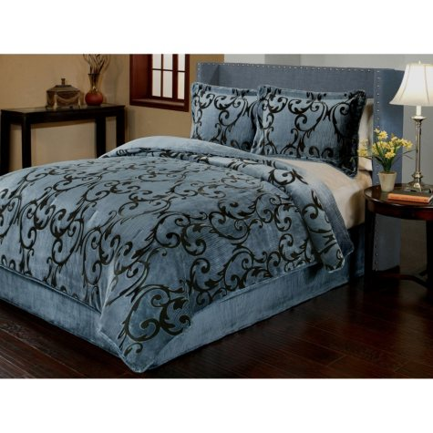 Sun-Yin Velvet Plush Provence Comforter Set, 3-piece