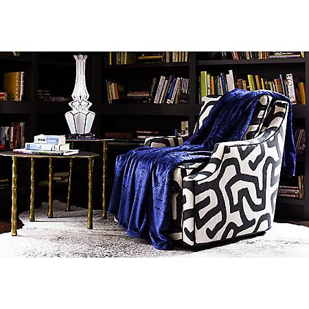 Fraiche Maison Hot Pressed Velvet Plush Blanket, Patriot Blue